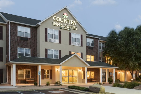 Country Inn & Suites - Mason City